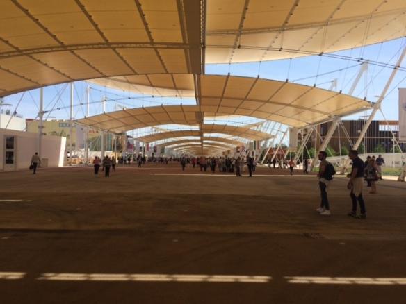 Expo2015 - Fiera. Il Decumano