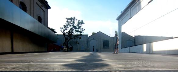 Fondazione Prada Milano - Esterno