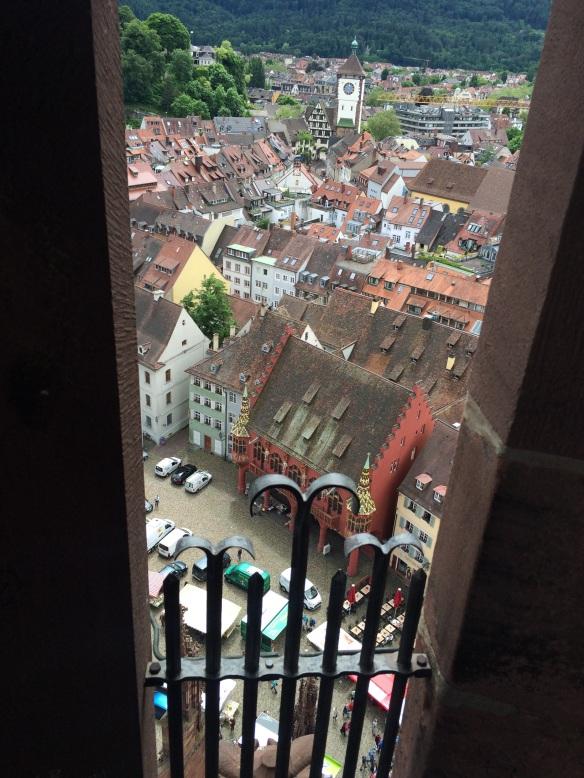 Dalla cattedrale di Friburgo - Münsterplatz
